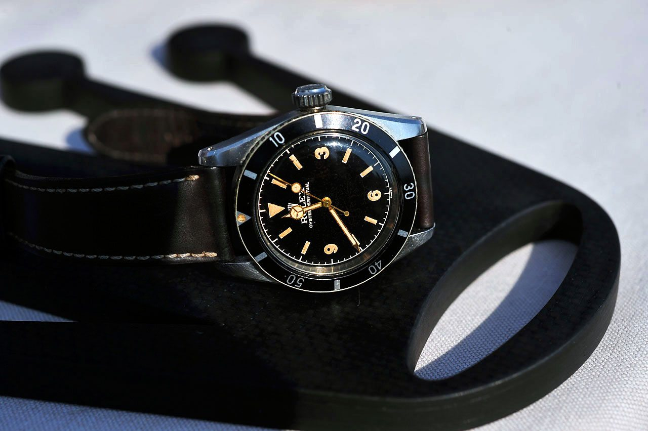 The History of the Iconic Rolex Submariner Small & Big Crown – James Bond.